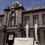 Fine art moving for a Japanese fine art exhibition
